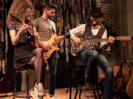 Muddy What? (Blues der Extraklasse!) @ intakt Musikinstitut | Pfaffenhofen an der Ilm | Bayern | Deutschland